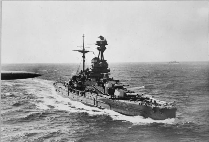 HMS_Revenge_WWII_IWM_CH_823