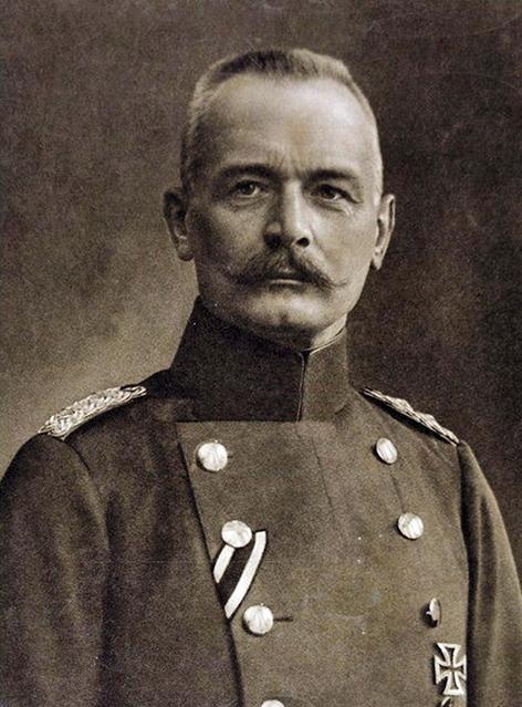 nacelnik generalniho stabu Erich_von_Falkenhayn