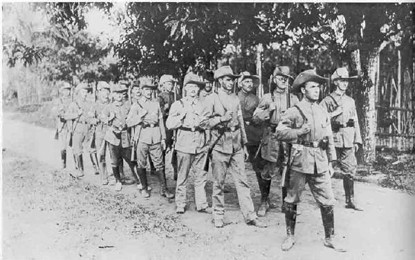 German_Reservists_New_Britain_1914_(AWM_A02543)
