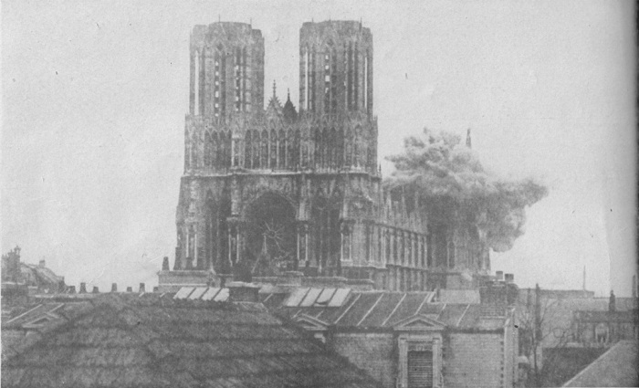 Shell_Explosion_Cathedral_at_Rheims