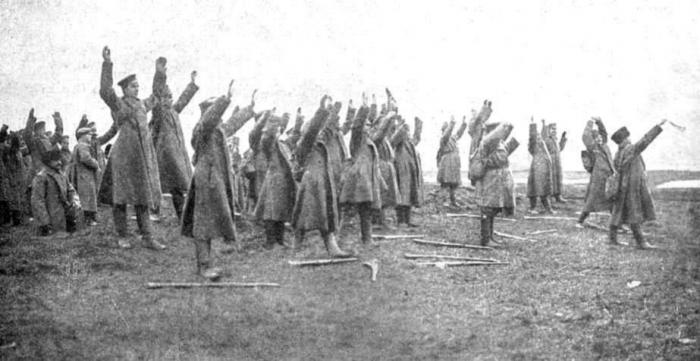 Russian-surrender-at-Tannenberg_1914