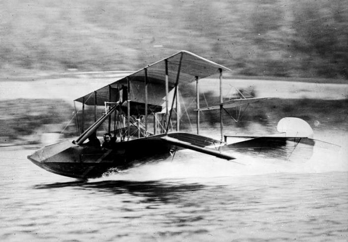 Curtiss_F
