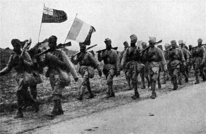 Indian_reinforcements_who_fought_at_Givenchy_in_December_1914