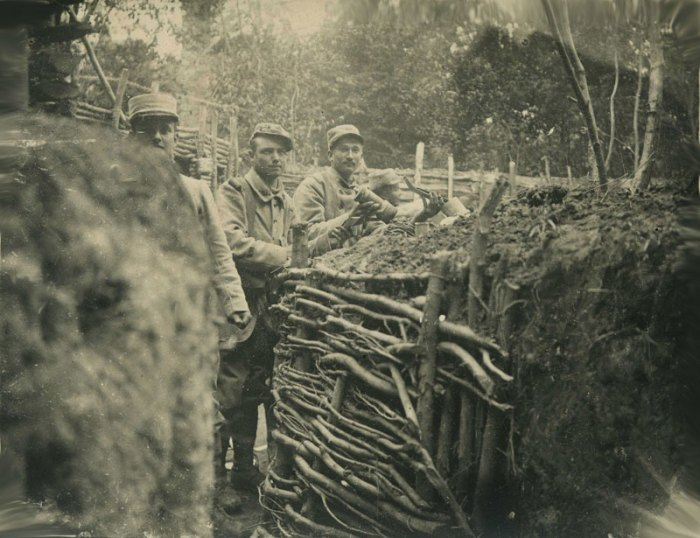 68-tranchee-franaise-argonne-1915