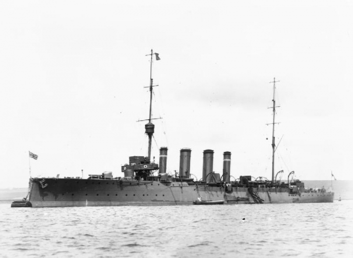 HMS_Dartmouth_(1911)