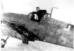 bf-109f-4_fw.walter-schuck.-petsamo-finland-winter-1942-1943