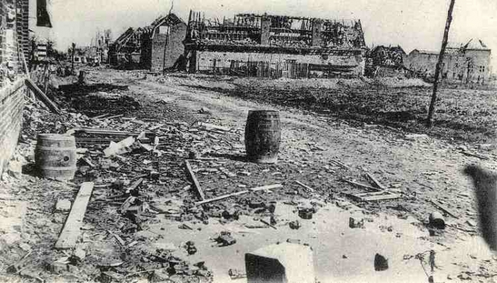 A street in Neuve Chapelle after the battle.jpg