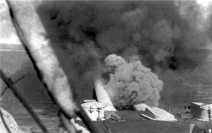 HMS_Canopus_bombarding_Turkish_forts_March_1915.jpg
