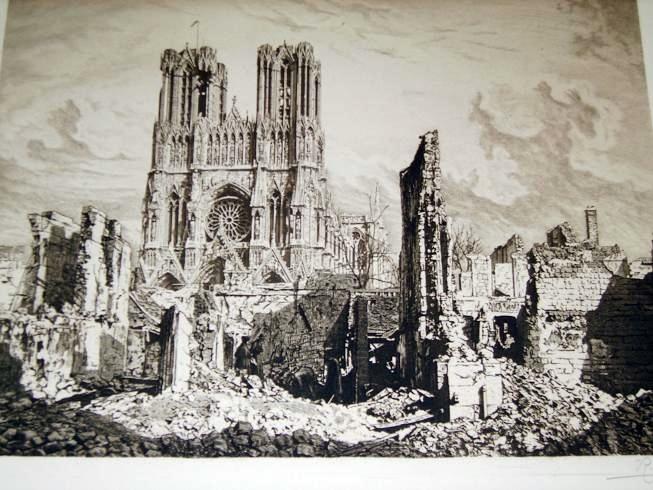 Reims in ruins.jpg