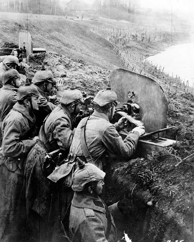 Germans man a fighting position on the Middle Vistula