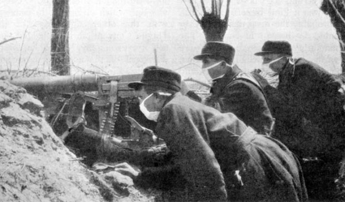 Belgian_Troops_with_Early_Gas_Masks-780.jpg