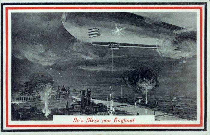 German-Zeppelin-over-London-Thames-River-Postcard-1915a