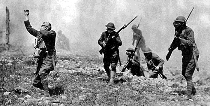 German soldiers attacked Belgian soldiers at Ypres with poison gas.jpg