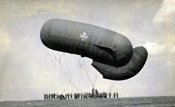 German tethered balloon a.jpg