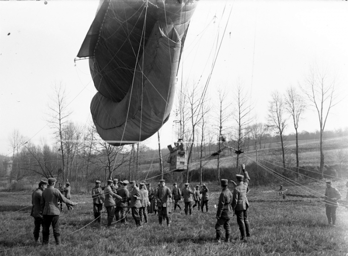 German tethered balloon.jpg