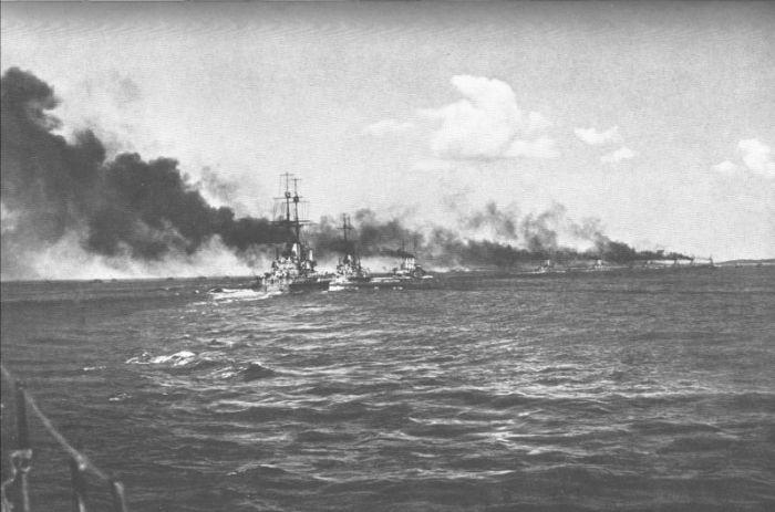 Schlachtschiffe_24_5_1915.jpg