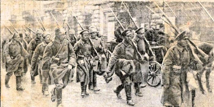 russian troops at Przemysl.jpg