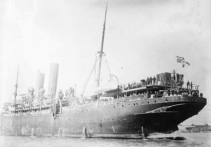 800px-SS_Prinz_Eitel_Friedrich_liner_port_aft