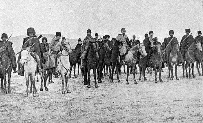 Staff_of_armenian_volunteers_1914