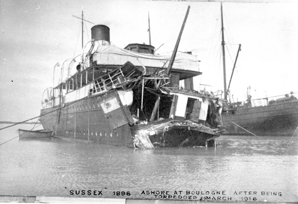 SS-Sussex-torpedo-incident-25-march-1916-ashore-at-Bologne-Reduced