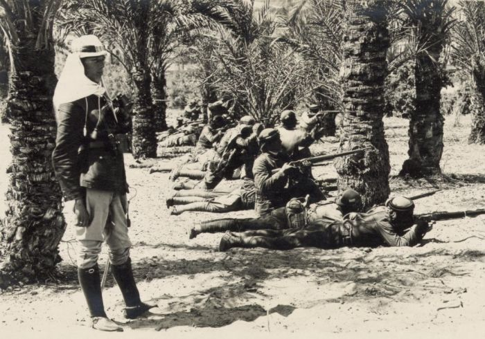 Turkish_troops_in_action_at_Qatia