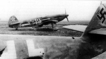 Yakovlev-Yak-3-18GvIAD-Y19-Poland-1945-01
