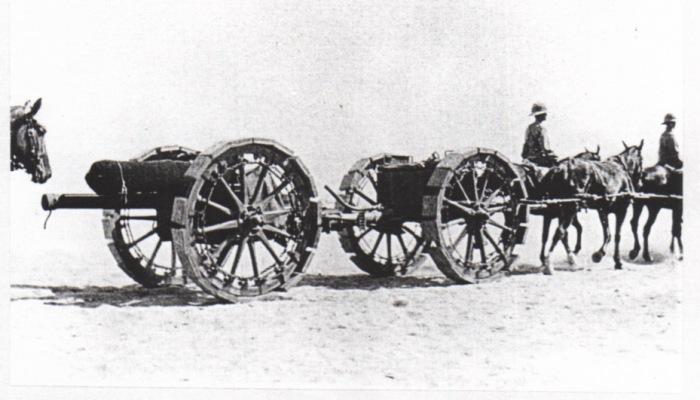 5.8aa 18-pounder_field_gun_with_sand_wheels_Suez_Canal_1916_IWM_Q15840