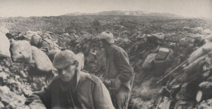 7.8a Bavarian soldiers in the trenches at Fleury
