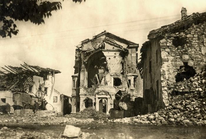 7.8b Gorizia church