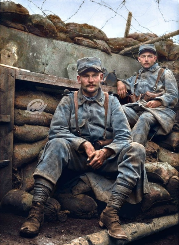 9.8a fighters-in-a-trench-somme-1916