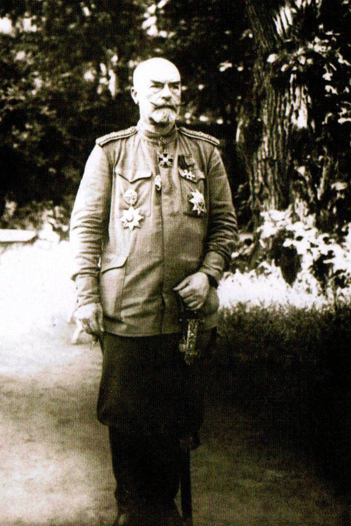 15.3. Ukrainian_minister_of_defense_in_1918_Rohoza