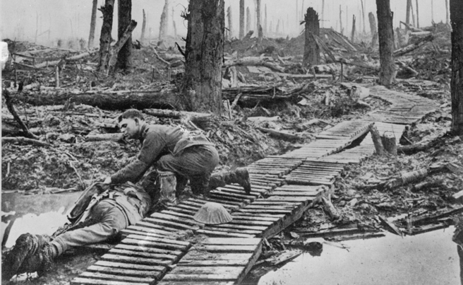 PICTURE SHOWING THE DEVASTATION OF THE BATTLEFIELDS DURING THE FIRST WORLD WAR, 1914-1918.