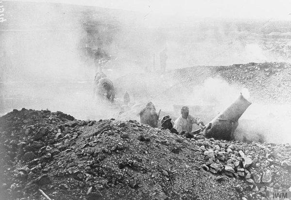 13.2. French gunners