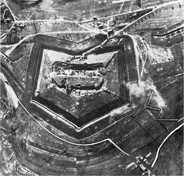 21.2. Fort Douaumont před bitvou