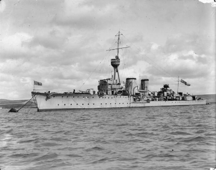 HMS_Canterbury_(1915)