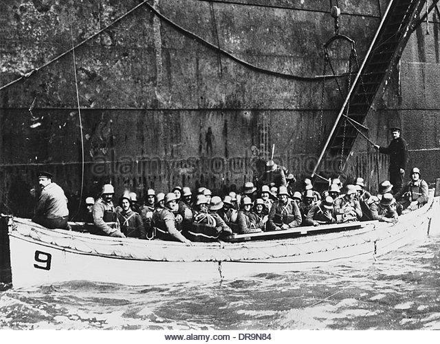 A1 Oesel island german troops disembarking