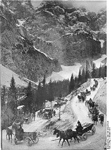 B1 austrian column advancing