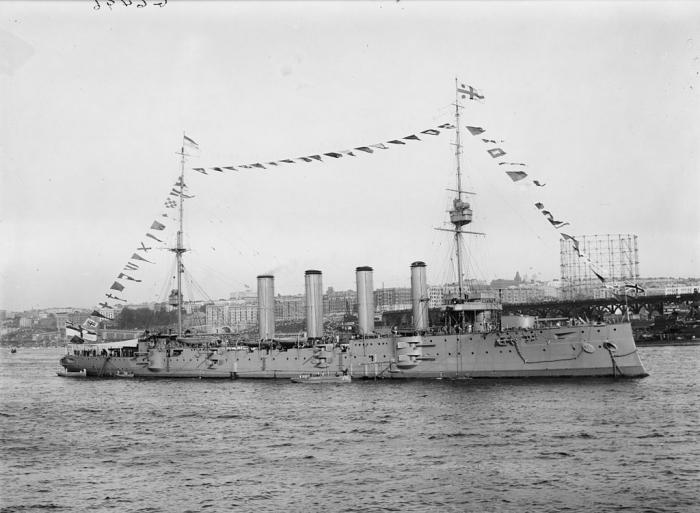 D1 HMS_Drake_1909