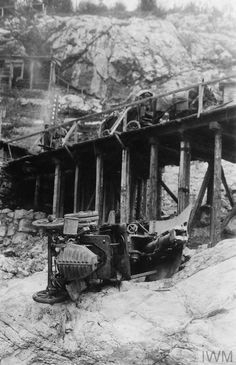 THE BATTLE OF CAPORETTO, OCTOBER-NOVEMBER 1917 (Q 85989) An Italian anti-aircraft gun on an overturned lorry on the Isonzo, November 1917. Copyright: © IWM. Original Source: http://www.iwm.org.uk/collections/item/object/205081959