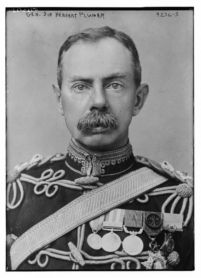 E1 Herbert_Plumer,_1st_Viscount_Plumer_in_1917