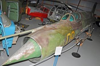 MiG-21SMT-yellow-09