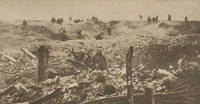 1.9.a chemin-dames2-attaque-craonne-1917