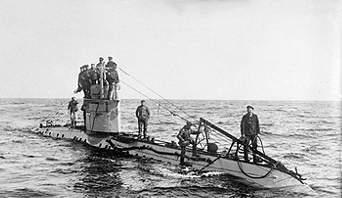 10.9.b UC-42+submarine