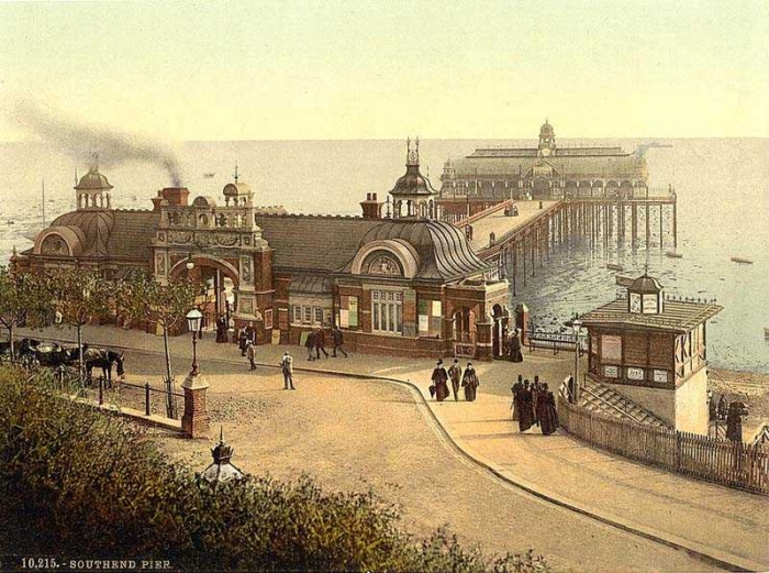 12.8.a Essex  Southend  Before the war