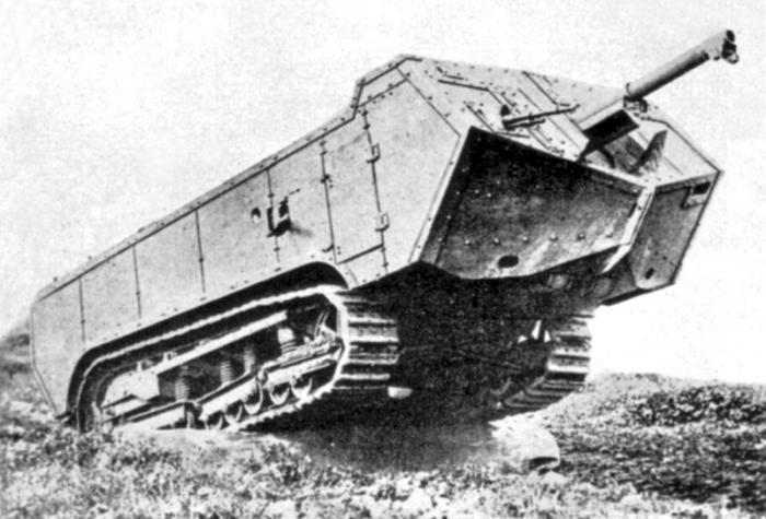 3.9.a Char_St_Chamond_tank