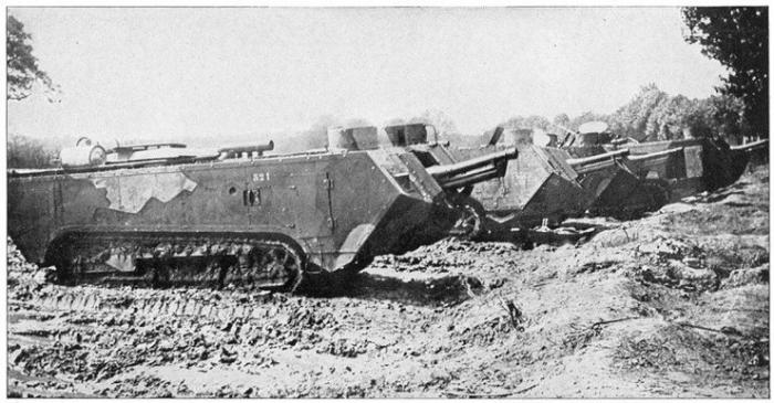 3.9.a St Chamond tank