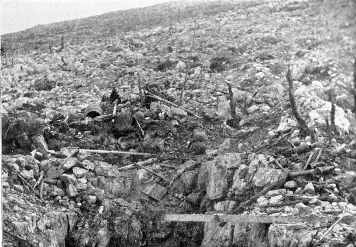 31.8.bb Monte San Gabriele - Trümmerfeld