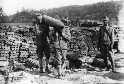 7.8.b romanian-troops-ammunition-first-world-war-romanians