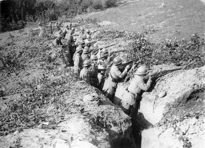 8.8.b 1917-romanians-army-troops-trenches-first-world-war-romania