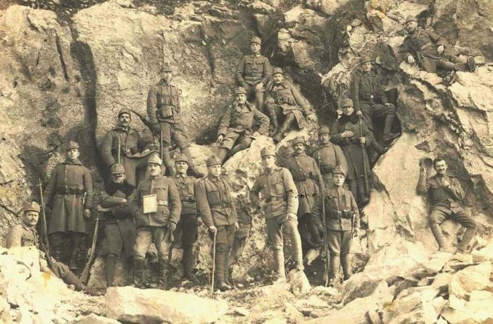 8.8.b sublocotenent-eusebiu-jemna-romanian-men-army-first-world-war-military
